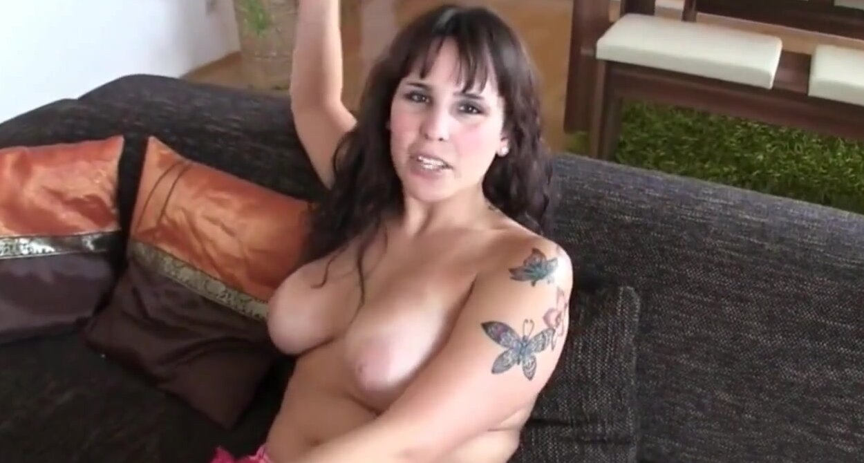 Gina wild boobs