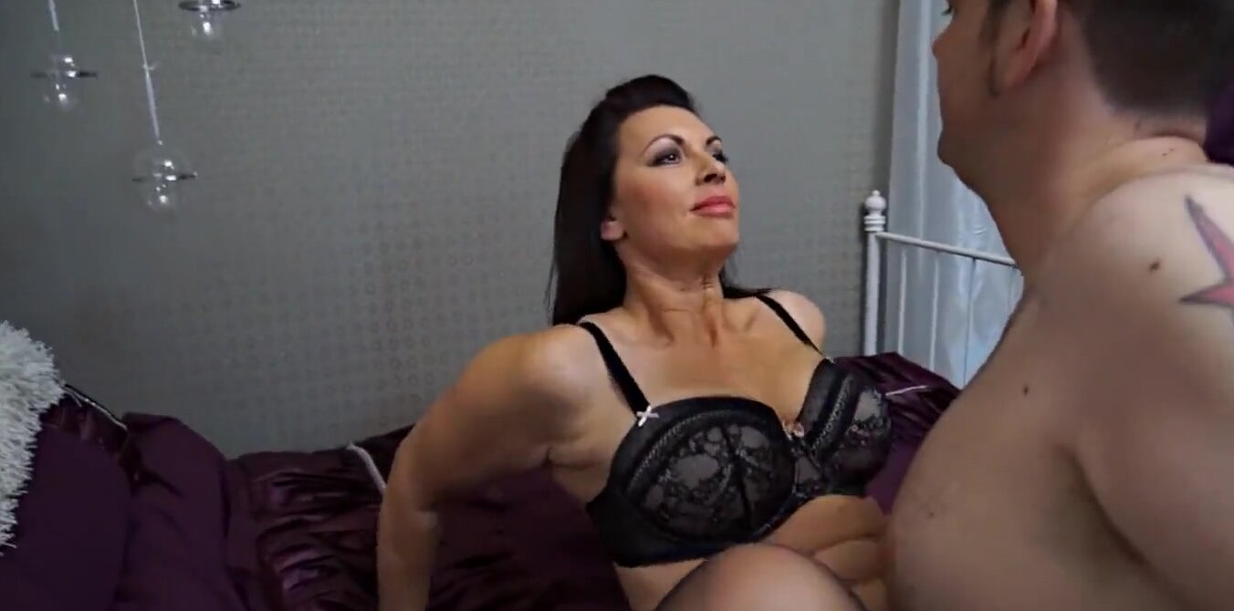 British Milf Cheating Hidden