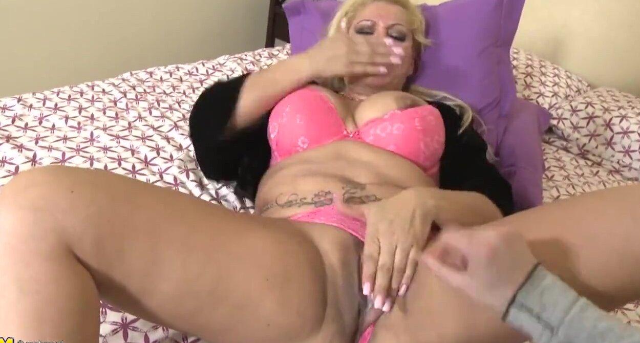 sarah wright sex video