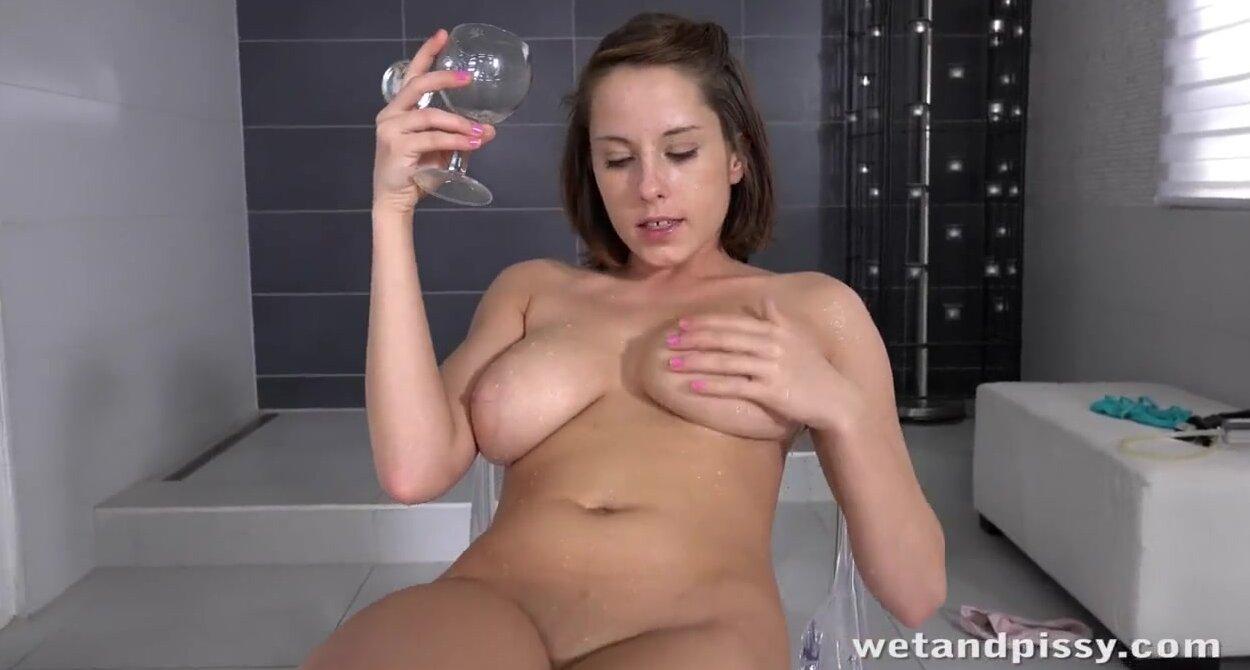 Solo Wet Pussy Finger Hd