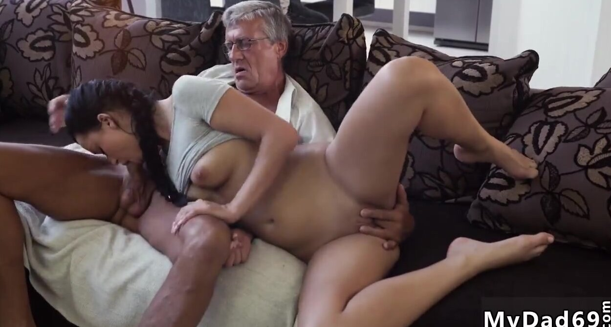 Amateur Wife Hubby Threesome