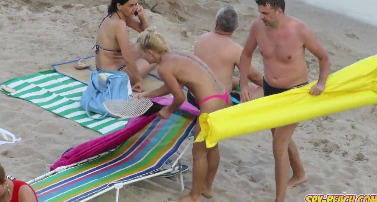 Big Tits Hot Topless Milfs Amateur Voyeur Beach Video Free