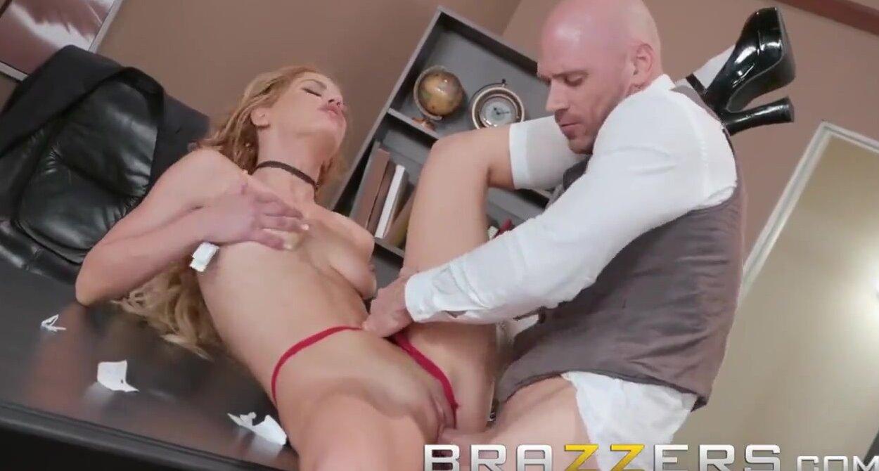 Big Tits Girl Gets Fucked