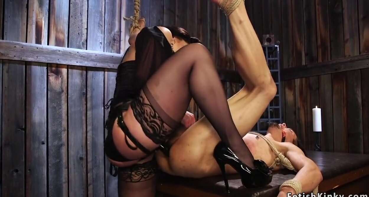 Mistress Strapon Male Slave