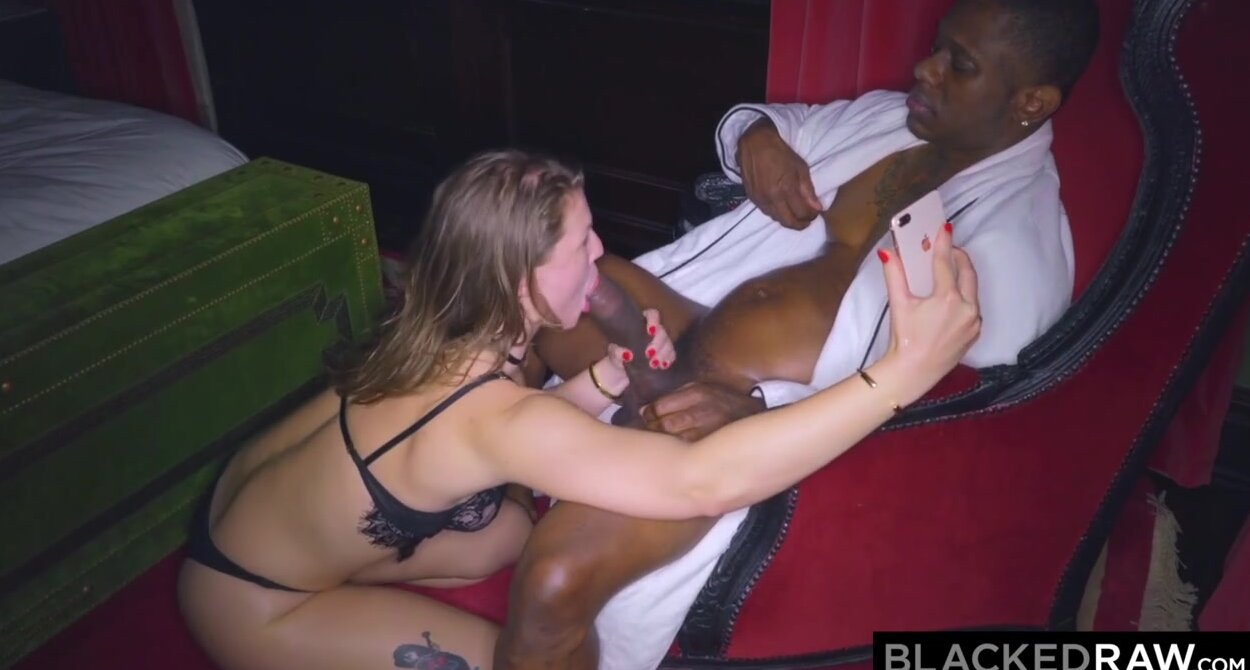 Big Cock Pounding Little Pussy