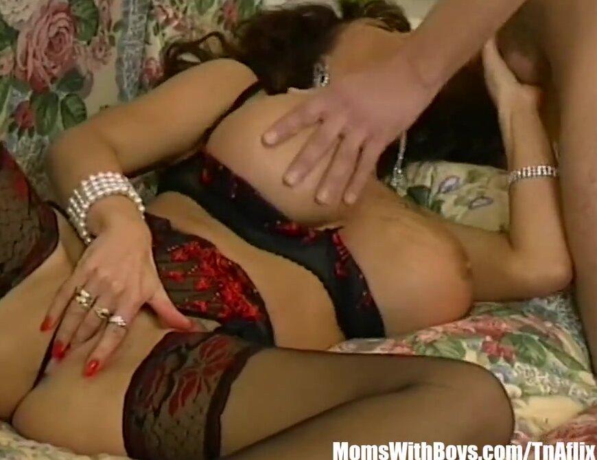Curvy Big Natural Tits Fuck