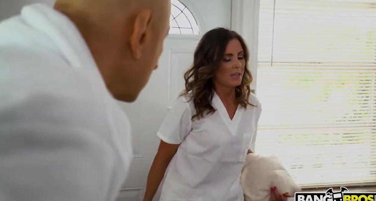 Lesbian Oily Pussy Massage