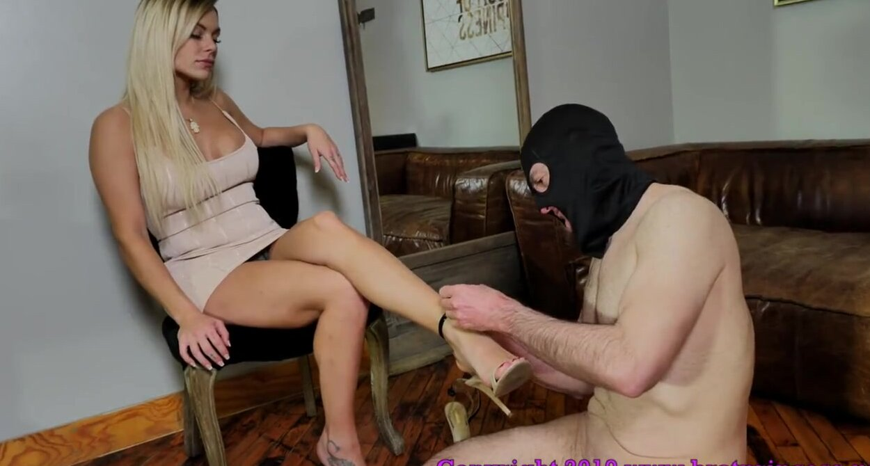 Asian Pantyhose Feet Tickle