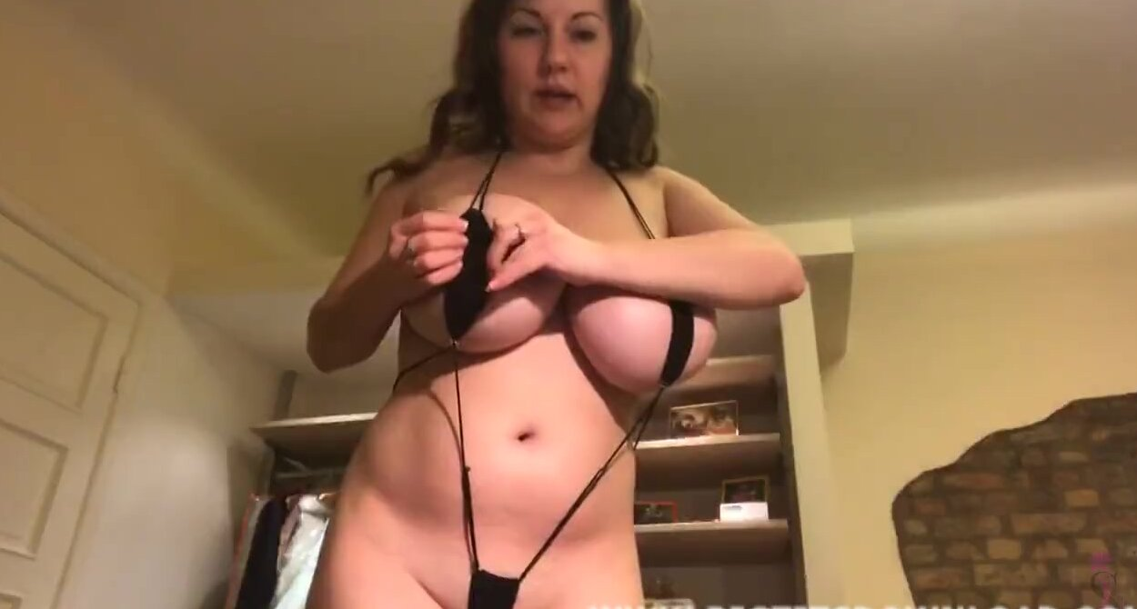 Big Tits Lingerie Webcam