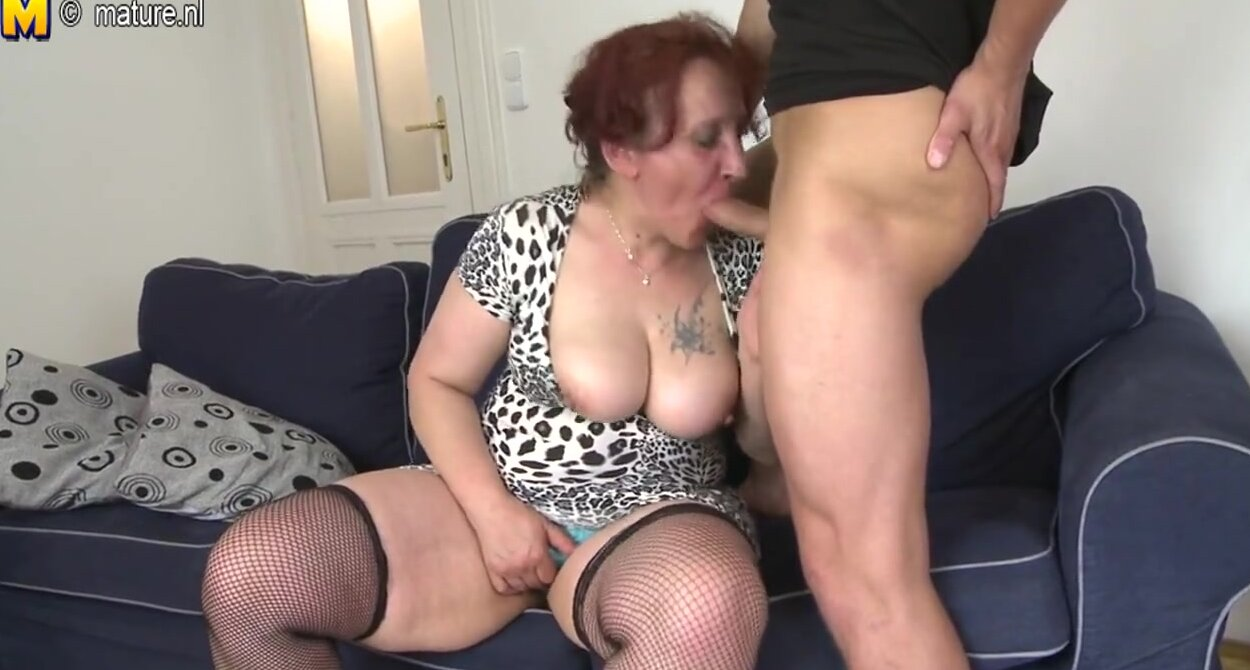 shaved open pussy