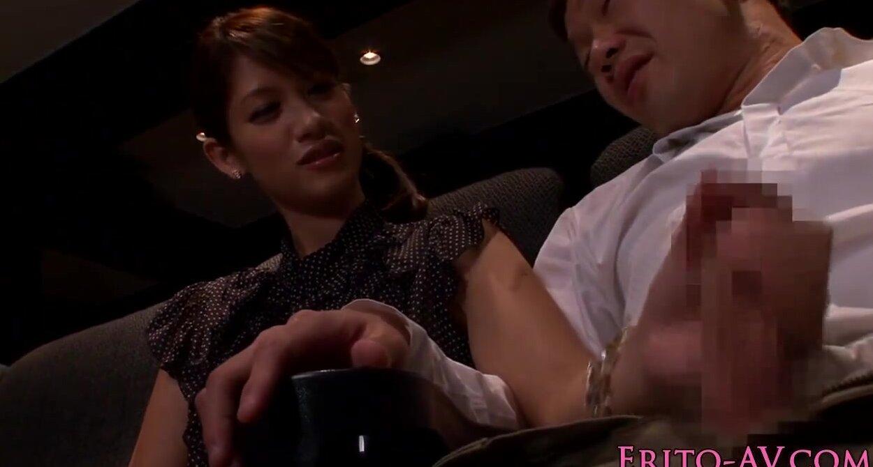 Amateur Cinema Adult Porn Movies japanese model gf blowing cock in cinema