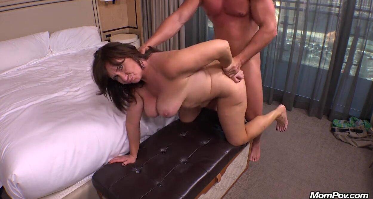 Young Asian Girl Sucking Cock