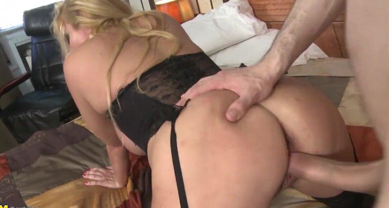 Mum Moie Porn Mature sex bomb mature mom gets rough fuck with son